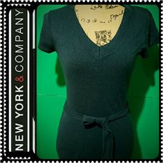 New York & Company Ladies Sweater Top Short Sleeves V Neck Sweater Top that Comes with its Fabric Belt, 100% Acrylic, Dark Navy,  Mint Condition New York & Company Sweaters