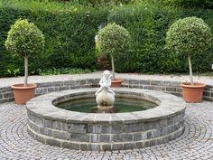 Auch das ist Wien! Fountain, Outdoor Decor, Home Decor, Decoration Home, Room Decor, Water Fountains, Home Interior Design, Home Decoration, Interior Design