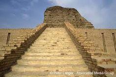 Escalinata del Ziguratt de Dur-Kurigalzu (Babilonia Cassita, s. XIV a.C).Arte babilónico