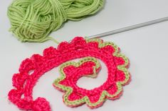 How to add a Border to Crocheted Flowers - Tutorial