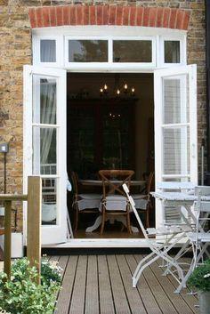 19 Ideas for bay patio door decks Garden Doors, Patio Doors, Entry Doors, Front Doors, Interior Barn Doors, Interior Exterior, Interior Design, French Interior, Modern Interior