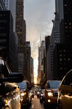 No Sleep NYC | thebeachbumblv.com