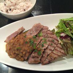 豚肩ロースと旬野菜のグリル ひよこ豆のオニオンソース 20160125