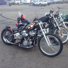 Old Classic Harley-Davidson Motorcycles Harley Davidson Custom Bike, Harley Davidson Panhead, Harley Bobber, Classic Harley Davidson, Harley Bikes, Bobber Chopper, Softail Bobber, Hd Sportster, Bobber Bikes