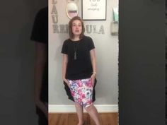 How To Knot your LuLaRoe Carly dress over a LuLaRoe Cassie skirt--- and how to knot a LuLaRoe Classic Tee! Lularoe Carly Dress, Lularoe Cassie, Lularoe Classic Tee, Lularoe Shirts, Cassie Skirt, Cool Style, My Style, Lula Roe Outfits, Dress Me Up