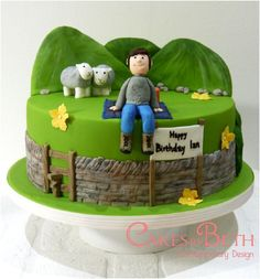Torte Cakes is a cake shop and studio based in Sheffield, creating modern bespoke wedding cakes, birthday cakes and dessert tables for special occasions. Farmer Birthday Cake, Birthday Cakes For Men, 60th Birthday, 40th Cake, Dad Cake, Nature Cake, Cake Design For Men, Sheep Cake, Cake Festival