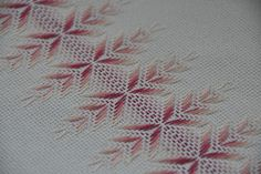 Jacobean Embroidery, Swedish Embroidery, Types Of Embroidery, Embroidery Needles, Cross Stitch Embroidery, Drawn Thread, Thread Art, Free Swedish Weaving Patterns, Chicken Scratch Embroidery