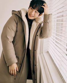 Korean Men, Asian Men, Korean Actors, Autumn Phone Wallpaper, Jung In, Ulzzang Boy, Boku No Hero Academia, Cute Boys, Kdrama