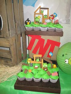 angry birds cupcakes doing this!!!! Easy and nice looking.