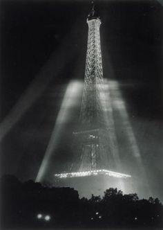 La Tour Eiffel eclairee pendant L,Exposition internaionale 1937 by Brassai Tour Eiffel, Image Paris, Brassai, The Magnificent Seven, Paris Images, Old Photography, Grand Palais, French Photographers, France