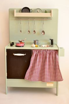Wooden toy kitchen (BAM model). #woodentoy #woodenkitchen #macarenabilbao
