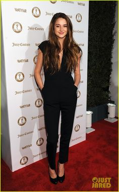 I  have never been a fan of the jumpsuit trend but I am lovin this look