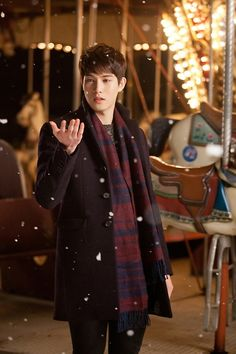 Can I have Lee Jong Hyun for Christmas please!!!