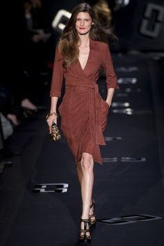 Diane von Furstenberg classic brown wrapdress, leopard clutch and heels. 15 Date-Night Outfit Ideas From Fall 2013 New York Fashion Week
