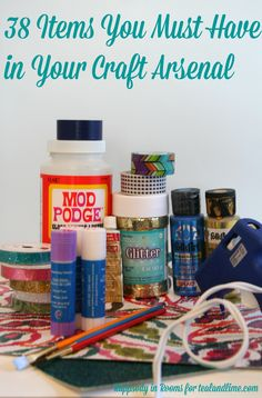 Getting ready to craft? Want to make sure you have everything to get your creativity flowing? Check out this checklist to be ready when your crafting urge hits! | www.rappsodyinrooms.com