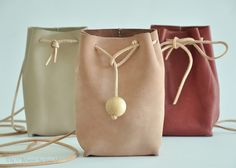 Diy Bag Leather Tutorials Mk Handbags 23 Ideas For 2019 Unique Handbags, Mk Handbags, Purses And Handbags, Expensive Handbags, Handbags Online, Leather Projects, Leather Purses, Leather Pouch, Leather Bags