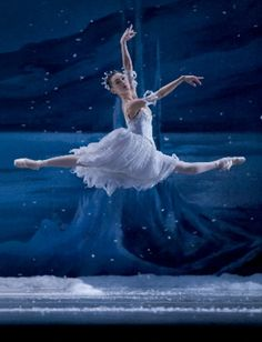 "Behold the beauty of ""The Nutcracker's"" snow scene, a result of craft, technique and talent 