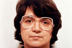 Notorious serial killer Rose West is reportedly set to marry her prison lover - after falling for a fellow lag. The former wife of evil Fred West is Gloucester House, Rosemary West, Prison Life, Dark Jokes, Horror House, Evil People, Serial Killers, True Crime, Arrow