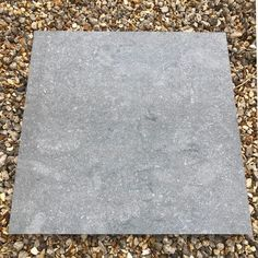 Turn your garden into a stylish entertaining space with our exclusive Denver Sky outdoor porcelain slab. In an on-trend grey colour tone they offer an on-trend solution for your your outdoor patio or terrace. Why not coordinate with our Sparkle Ice Grey Split Face mosaic tiles and create the ultimate outdoor entertaining space.