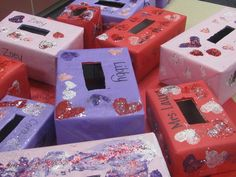 Pinterest/valentimes mail boxes | Heart sponge painted valentine boxes | Learn N Grow Preschool Alamo