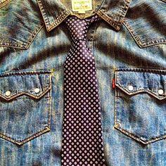 Wonderful tie from my wonderful @rbriella ❤️ I like how a tie and a denim shirt go together. • • • • • • • • • • • #mensfashion #menstyle #menswear #mensclothing #guyswithstyle #fashion #fashiongram #fashionmen #fashionpost #style #stylegram #streetstyle #streetwear #ootd #outfitpost #rugged #instastyle #instafashion #dapper #denim #denimhead #denimshirt #westernshirt #heritageclothing #heritage #indigo #indigodenim #ties