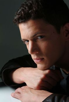 Wentworth Miller should play C.Grey from the Fifty Shades movie!!!