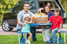 The open road beckons: Healthy and happy snacks and diversions for your summer road trips - Family Today Family Road Trips, Family Travel, Ways To Eat Healthy, Road Trip Snacks, Improve Yourself, Make It Yourself, Outdoor Camping, Good To Know, Entertaining