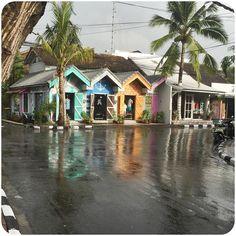I  it when it rains  super cute shops. #pastel #beachhuts #huts #exterior #cuteshop #bali #seminyak ##pretty #prettycolours #palmtrees #colourful by paradise_unbakery
