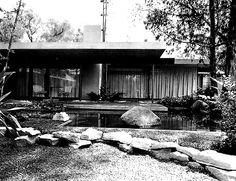 Vista desde el jardín, Casa García Cornejo, calle de las Nubes 526, Jardines del Pedregal, México DF 1964  Arq. Antonio Attolini Lack