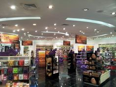 Western Valley V Collection display at Vavavoom Avenues, Kuwait