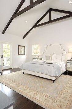 This specific impression (vaulted bedroom ceiling transitional bedroom core Small Master Bedroom, Bedroom Bed, Bedroom Ideas, Coastal Bedrooms, Trendy Bedroom, Vaulted Ceiling Bedroom, Vaulted Ceilings, Transitional Bedroom, White Ceiling