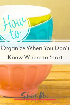 I had no idea where to start organizing my home. This simple process helped me prioritize my organizing projects and decide where to start. Includes tips, ideas, and free printables! Game Organization, Refrigerator Organization, Entryway Organization, Laundry Room Organization, Organized Entryway, Organized Bedroom, Organized Kitchen, How To Organize Your Closet, Organizing Your Home