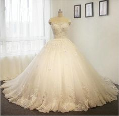 New princess ball gown wedding dress for wedding