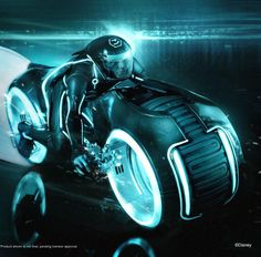 Light cycle from Tron Legacy Tron Light Cycle, Tron Bike, Futuristic Art, Futuristic Interior, Fantasy Warrior, Sci Fi Fantasy, Concept Motorcycles, Cars Motorcycles, Tron Legacy