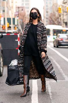 Emily Ratajkowski Wore Leggings With Snake-Print Boots Like a Boss Emily Ratajkowski, Tweed Coat, Tweed Jacket, Dolce & Gabbana, Katie Holmes, Jimmy Choo, Snake Print Boots, Pregnancy Wardrobe, Maternity Wardrobe