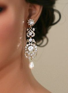 Vintage Inspired Gold  Bridal Earrings Wedding by lolaandmadison