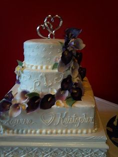 Purple Airbrushed Lily Wedding Cake By Pm Frosted Www Pmcakes In Toledo