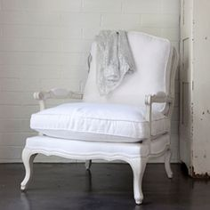 1000 images about rachel ashwell shabby chic on pinterest london location simply shabby chic. Black Bedroom Furniture Sets. Home Design Ideas