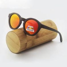 Bamboo Polarized Sunglasses different colors: with case