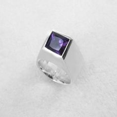 Bold sterling silver and amethyst cocktail ring. Crafted in Sydney, Australia by designer, Fairina Cheng. Shipped worldwide.  #contemporaryjewellery #gemstones #uniquering #contemporaryjewelry #cocktailring