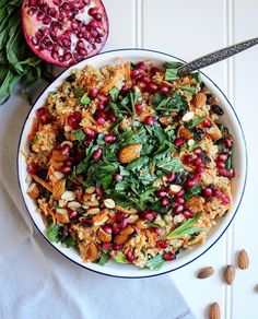 Moroccan Inspired Carrot Quinoa Salad by 💗 Serves Ingredients: Carrot Salad Recipes, Superfood Recipes, Raw Food Recipes, Vegetarian Recipes, Healthy Recipes, Healthy Food Blogs, Healthy Salads, Moroccan Carrots, Grain Salad