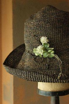<3 Hat Love~.