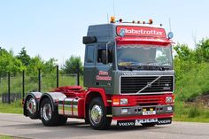 Customised Trucks, Custom Trucks, Old Lorries, Volvo Trucks, Classic Trucks, Cool Trucks, Cars And Motorcycles, Tractors, Vehicles