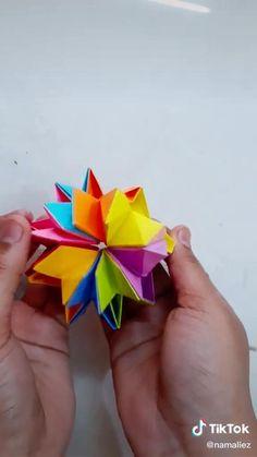 Instruções Origami, Modular Origami, Origami Stars, Paper Folding Crafts, Paper Crafts Origami, Diy Fidget Toys, Art Drawings For Kids, Diy Crafts Hacks, Diy Art