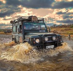 Land Rover Defender 110 Tdi Sw swimming