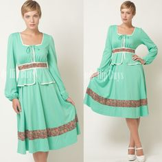 SALE  Vintage 70s Mint Green Square neck by TrendyHipBuysVintage, $45.00