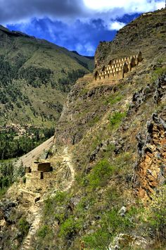 de la Barra photography, honeymoon ideas, honeymoon in South America, Cuzco, Peru, Ollantaytambo
