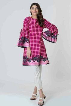 Khaadi PINK Winter Pret 2017 - Original Online Shopping Store Whatsapp: 00923452355358 Website: www. Kurta Designs, Short Kurti Designs, Kurti Designs Pakistani, Latest Kurti Designs, Frock Fashion, Women's Fashion Dresses, Pakistani Outfits, Indian Outfits, Simple Dresses