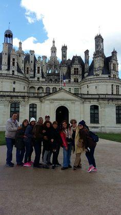 Fotografía: Guía Vanessa Fraile - Grupo Abril 2016 - Chambord Louvre, Building, Travel, Group Photos, Construction, Trips, Buildings, Viajes, Traveling
