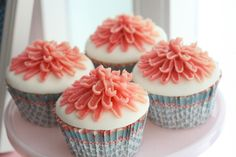 i could do this with the cream cheese frosting on the red velvet cupcakes!